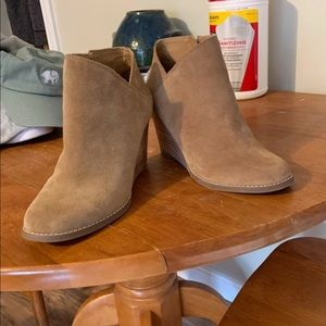 Lucky brand boots size 8.5